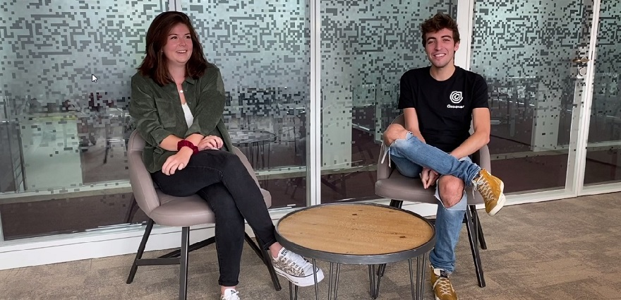Marie Cebrian, Customer Success Manager chez Soundcharts et Dorian Dorian Perron, Co-Founder de Groover.